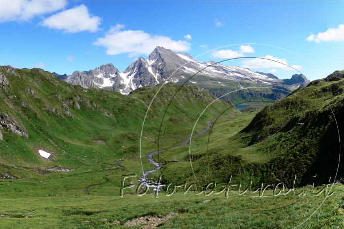fp8-formazza-valley