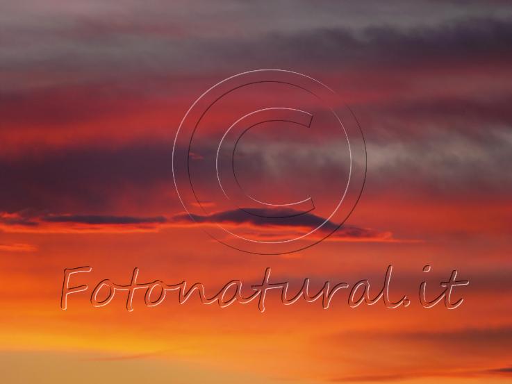 cielo variopinto al tramonto